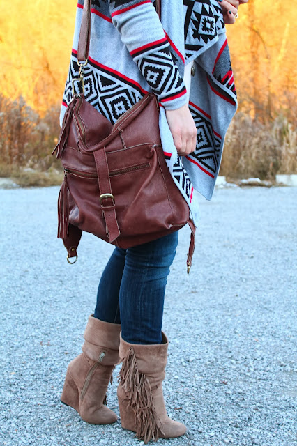 H&M hat, aztec print sweater, boho look, Forever 21 sweater, H&M jeans, slouchy boots, leather cross body bag