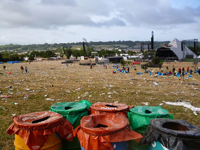 rubbish at glastonbury 2013 festival waste mess field farm