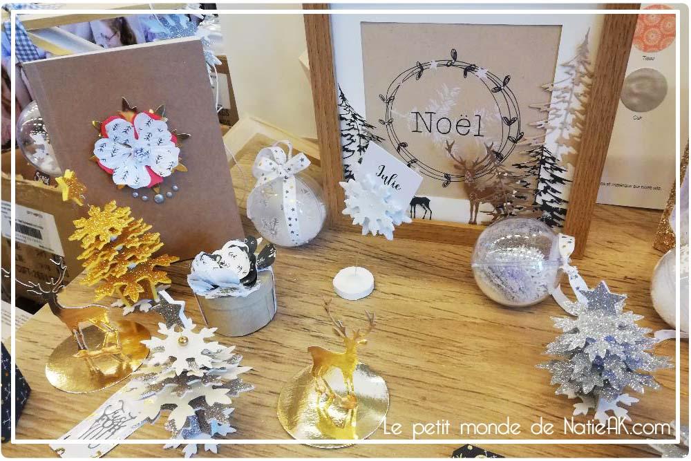 sapin de Noël en papier doré et carte de Noël