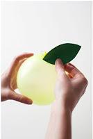 Tự tay làm set bóng bay trang trí sinh nhật hình hoa quả cho bé 4