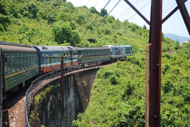 Hai Van Pass viewed from train 3
