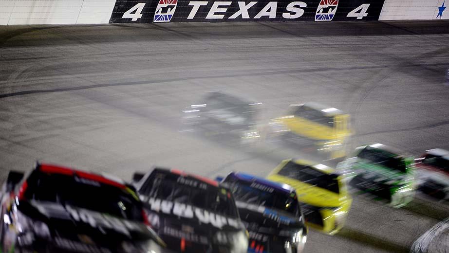 Nascar race mom nascar texas triple header for Texas motor speedway weekend schedule