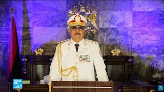 العاهل السعودي الملك سلمان يلتقي بالقائد العسكري الليبي خليفة حفتر