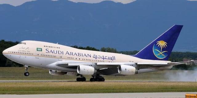 Minta Penumpang Perempuan Tutup Aurat Secara Syar'i, Saudi Airlines Malah Dihujat