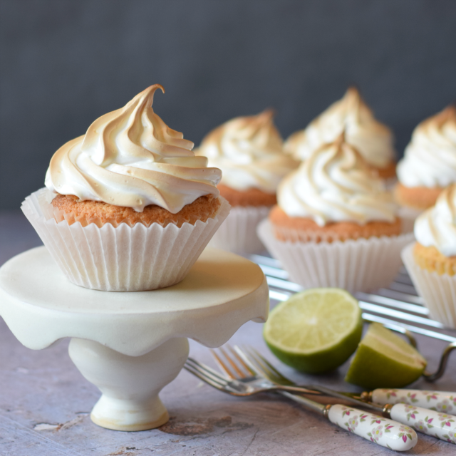 Italian Meringue topped Cupcakes filled with Lime Curd