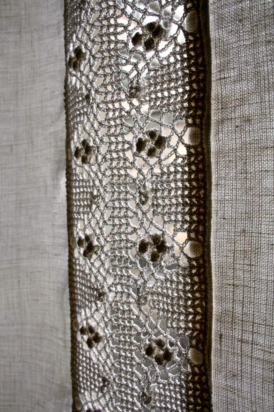 le fil rouge de mariec rideau lin et crochet. Black Bedroom Furniture Sets. Home Design Ideas