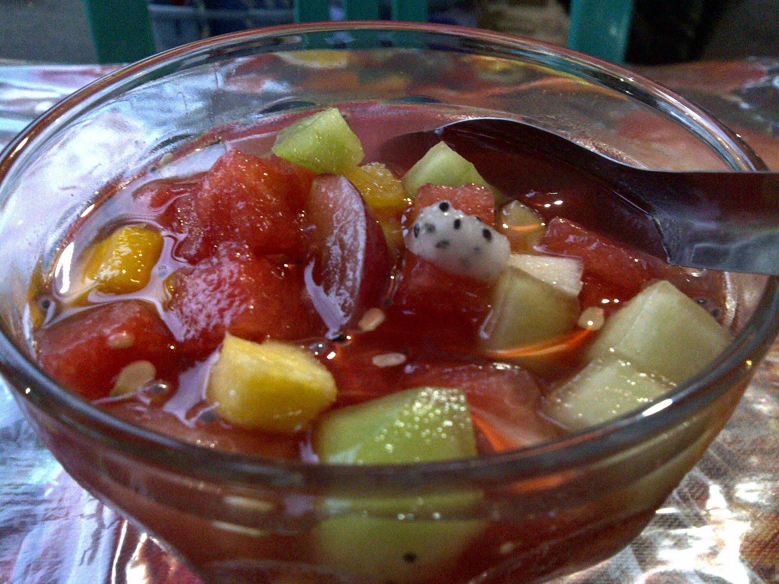Cara membuat es buah dengan sirup marjan