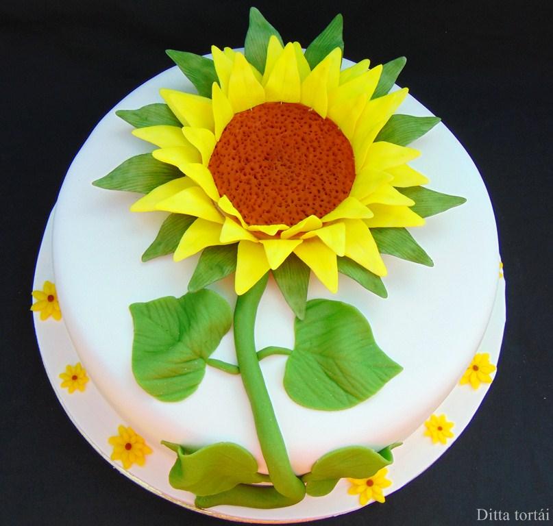 napraforgó torta képek Napraforgó virág torta   GasztroBlogok.hu napraforgó torta képek