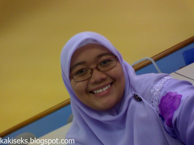 Kimcil Xxx Malay Women - Tudung Chubby Khas Buatmu-4548
