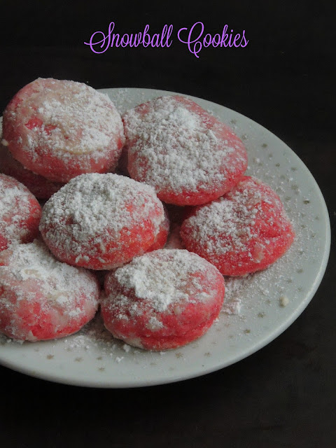 Snowball cookies, Valentine's day Snowball Cookies