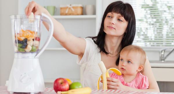 9 Makanan yang perlu dielak ketika menyusukan bayi