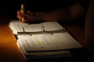 Pengertian dan Contoh Kalimat Ordinary Verbs