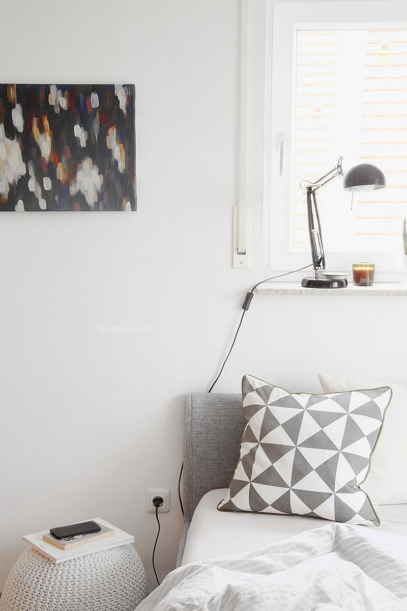 bedroom/ teenager room in white and gray, scandinavian style modern decor with ferm living pillow, pouf, art, black ikea lamp | tasteboykott blog