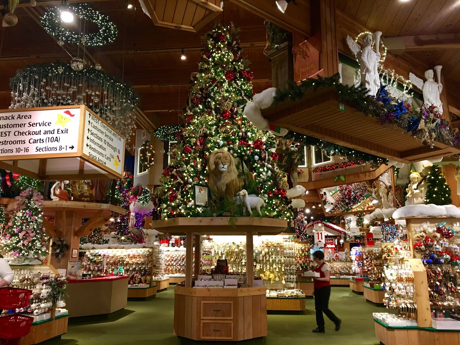 Visiting the world 39 s largest christmas store life in for The christmas shop