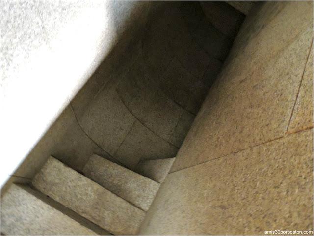 Fuerte Warren: Escaleras en Espiral