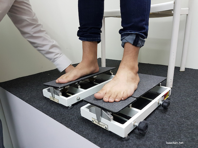 Some of the equipments use to diagnose accurately your feet