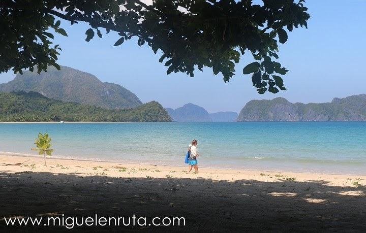 Playa-solitaria-Palawan