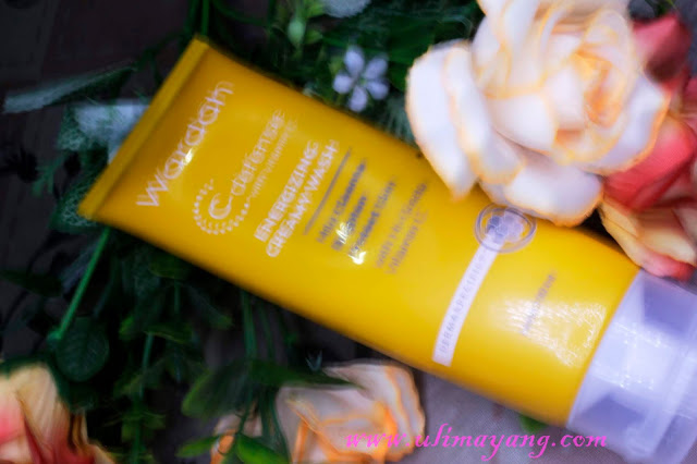 review-wardah-c-defense-energizing-creamy-wash
