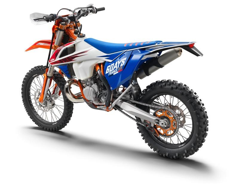 2018 ktm jetting. interesting jetting chassiswise the 250 exc tpi sports a chromemolybdenum steel frame with  wp xplor 48 upsidedown fork preload adjustment in front and  to 2018 ktm jetting