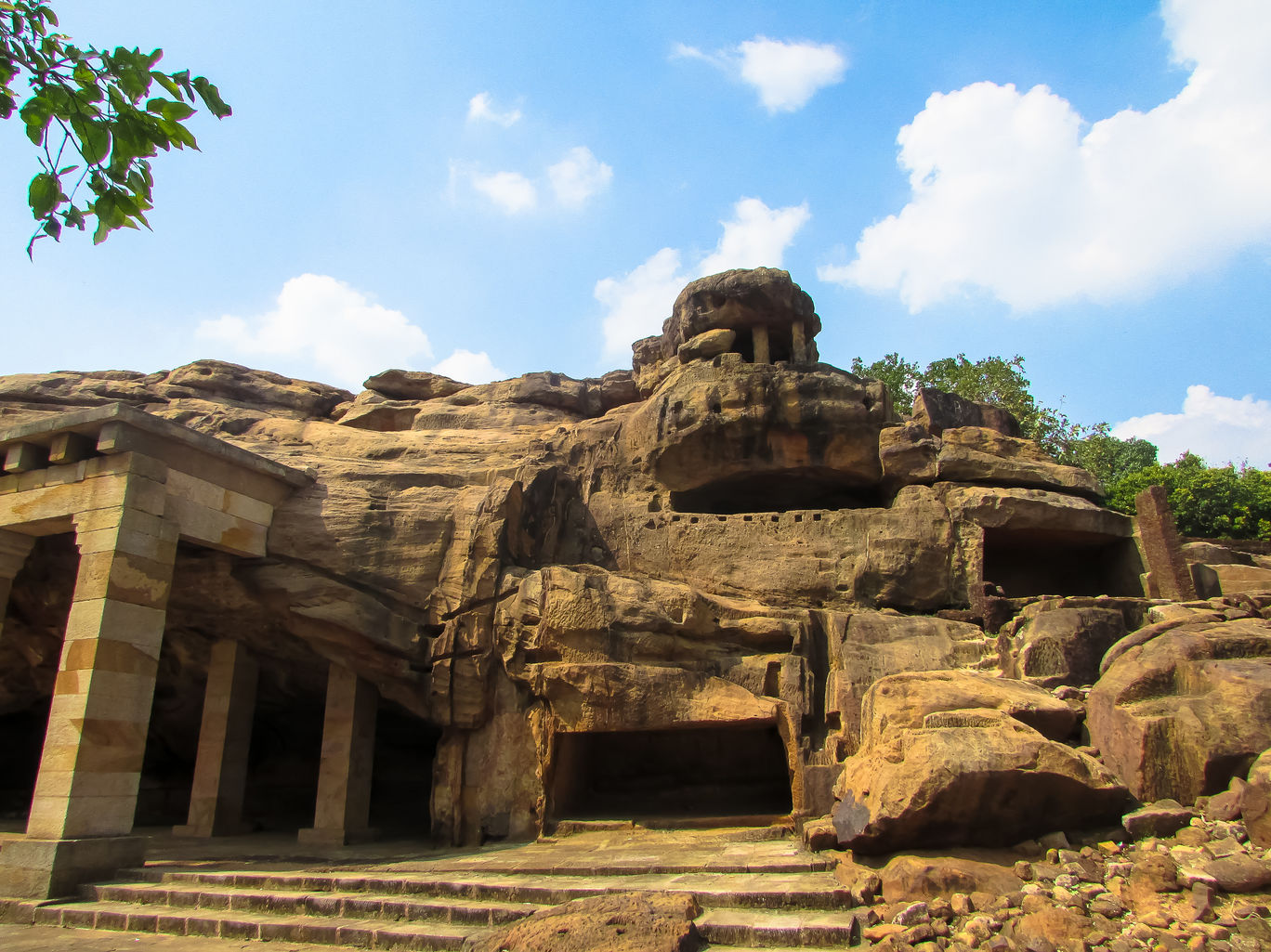 udaygiri caves @doibedouin