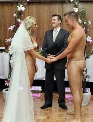 Nackt heiraten - Ja Wort lustig geben