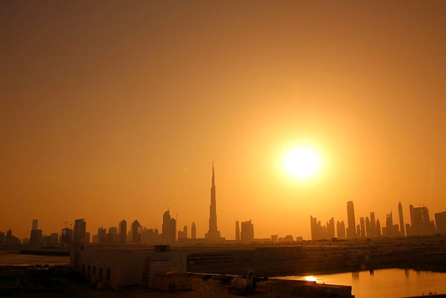 Sonnenuntergang in Dubai  (C) JUREBU
