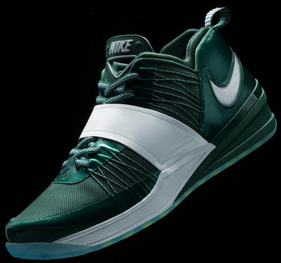 d828ba8eb43d0 The first signature shoe for New York Jets corner back Darrelle Revis