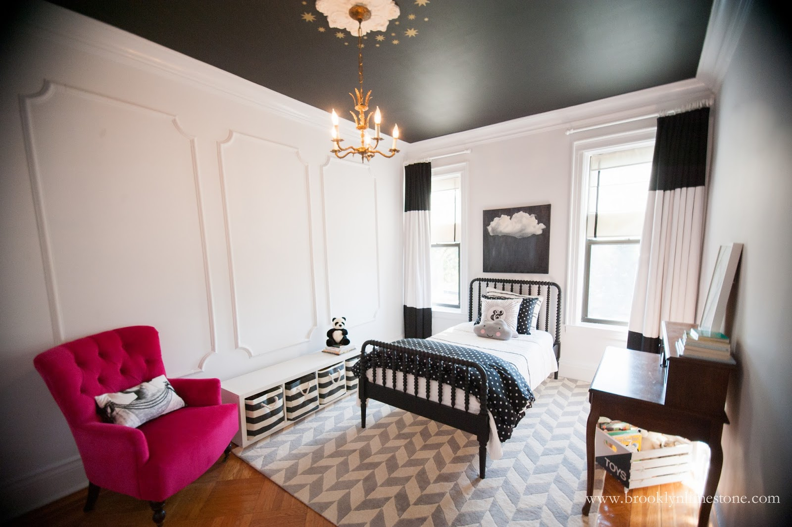 Girl's bedroom Black Ceiling White Walls