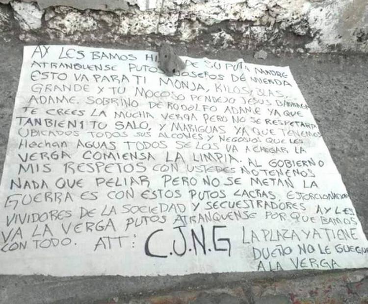 """""""Tenemos ubicados a todos sus halcones y negocios"""", CJNG deja narcomantas amenazando extorsionares en Jiutepec, Morelos"""
