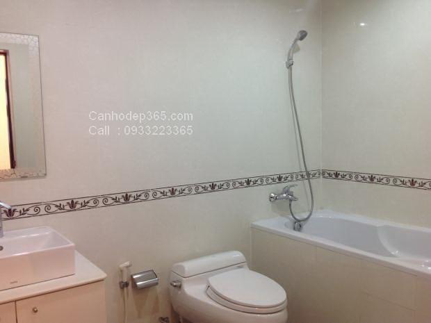 10-cho-thue-can-ho-flemington-quan-11-thiet-bi-nha-ve-sinh-toilet