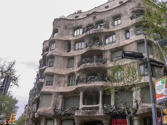 La Pedrera. Barcelona. Gaudí en España