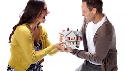 Staying the Same House After Divorce? Things You Need Consider