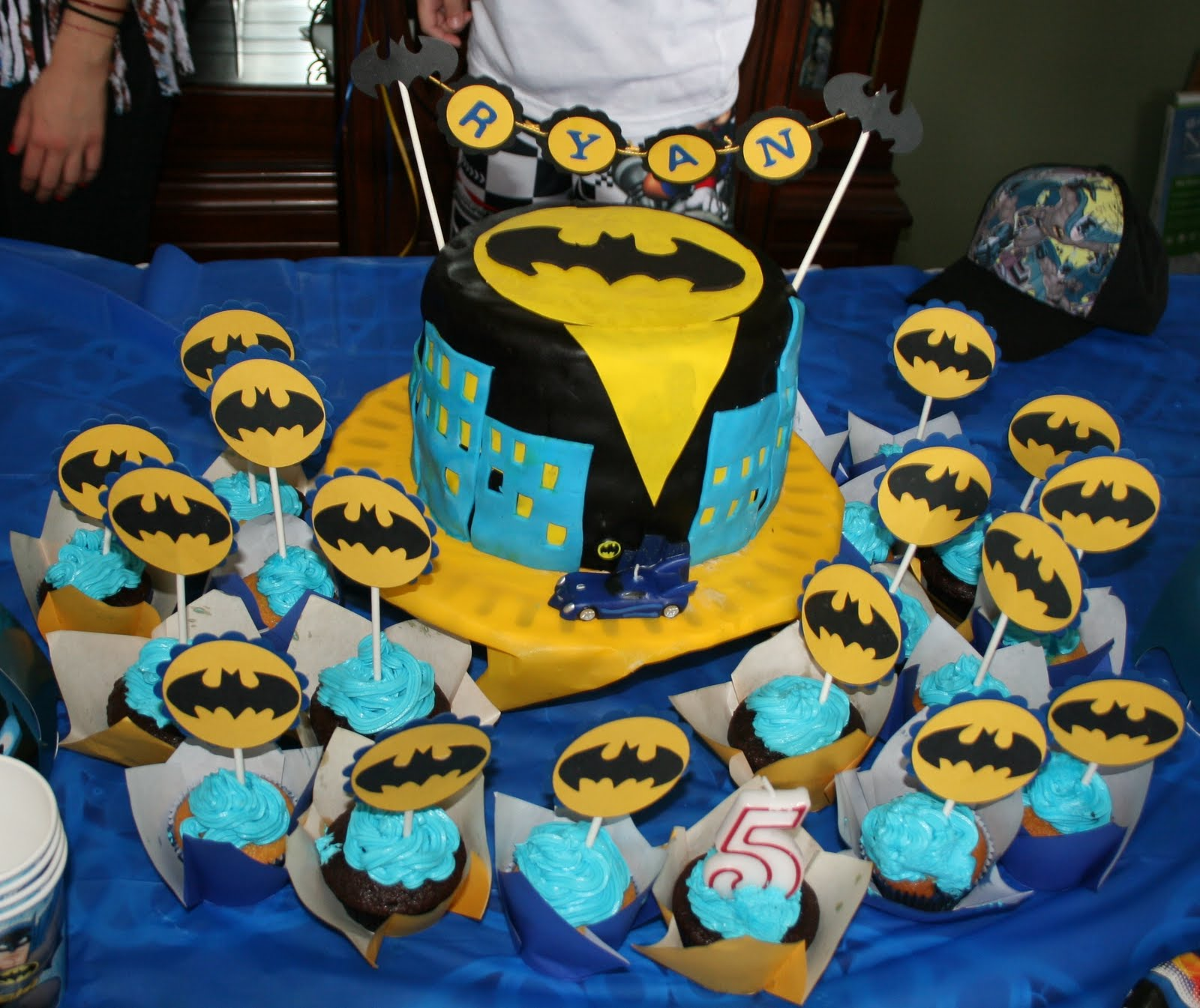 All The Days Of Our Lifes Batman Cake
