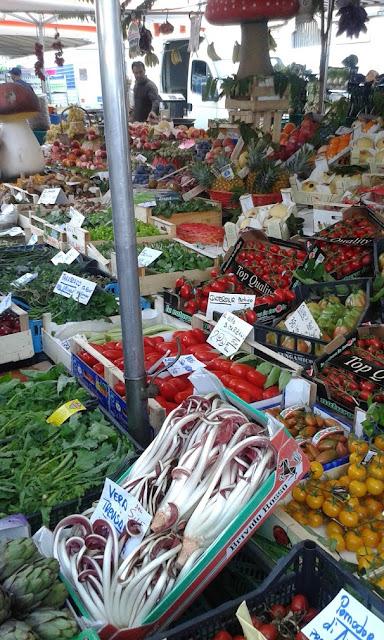 עוד ירקות בשוק