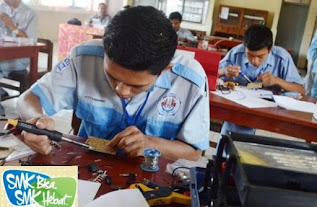 PENGERTIAN DAN SINTAKS MODEL PEMBELAJARAN PRODUCTION BASED TRAINING (PRODUCTION BASED EDUCATION AND TRAINING)