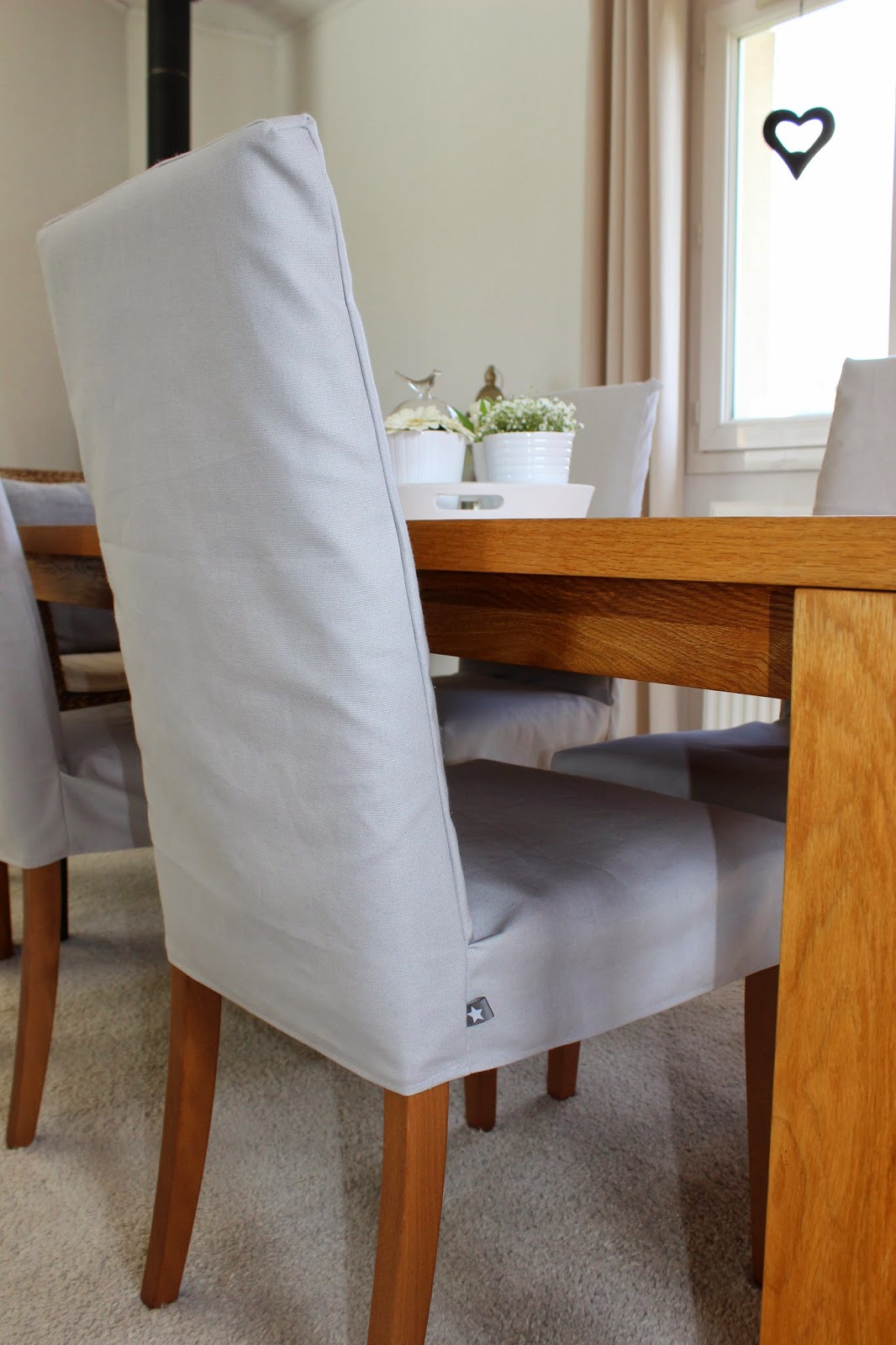 homemade by ds endlich neue stuhlhussen. Black Bedroom Furniture Sets. Home Design Ideas
