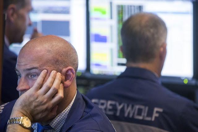 Wall Street se desploma por tensiones comerciales entre EE. UU. y China
