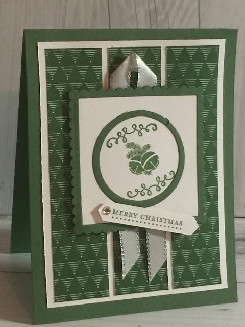 Layering Squares and Layering Cirlces Thinlits add accents to the image layer of this handmade card.