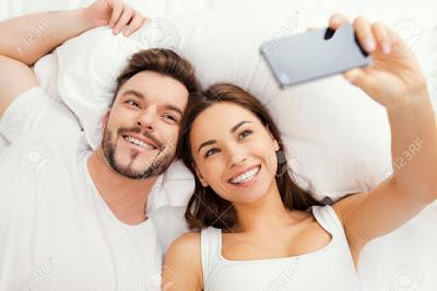 4. شاهدي نفسك وأنت تمارسين العلاقة الزوجية