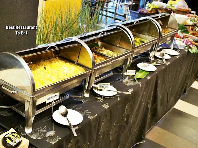 THE JOKE FACTORY @PUBLIKA Menu Buffet Spread