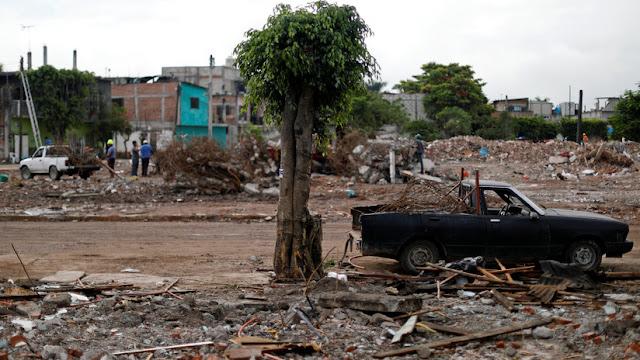 """El multimillonario Carlos Slim encontró """"una cosa positiva"""" en los mortíferos terremotos en México"""