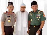 Sebar Foto Bersama Kapolri dan Panglima TNI, Ini Kata Ustadz Arifin Ilham Tentang Aksi 2 Desember