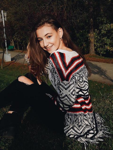 Elena Hasna 2016