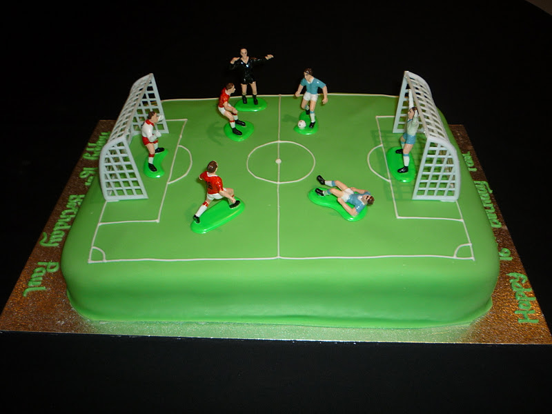 Elaine Allan Football Pitch Cake