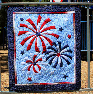 Fireworks-Fourth-of-July-QuiltFabrication-Patriotic-Wall-Quilt