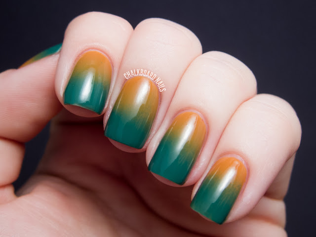 Chalkboard Nails: Sponged 70's Gradient