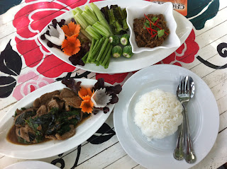 Lunch at Khun Chef Restaurant in Wang Nam Khieo