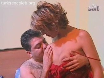 Türk Liseli fantazisi sikiş izle  Sürpriz Porno Hd Türk