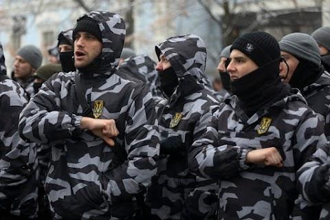 Az ukránok levadásszák azokat a kárpátaljaiakat akik nem akarnak bevonulni katonának