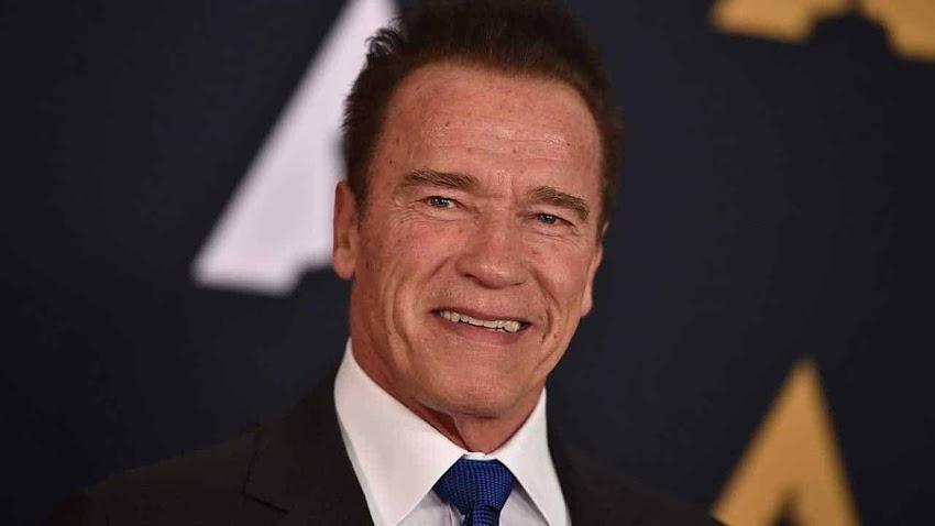 """Arnold Schwarzenegger ripreso dall'intervento al cuore. Afferma """"I'm back""""!"""